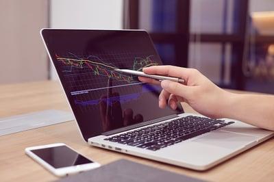 Device-laptop-demand-forecast-web